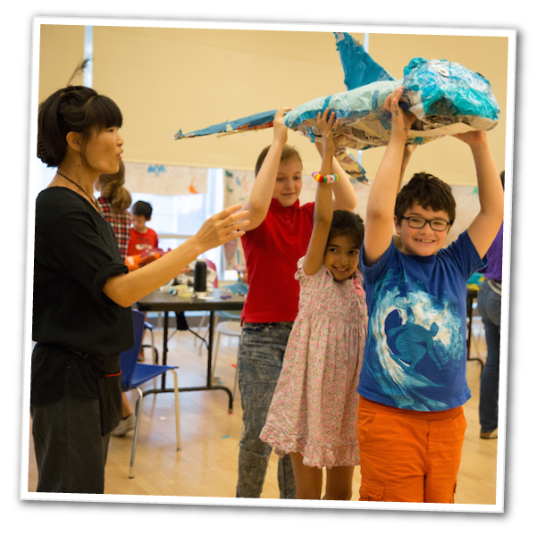 New Victory Teaching Artist Spica Wobbe at a Puppetry Kids Week